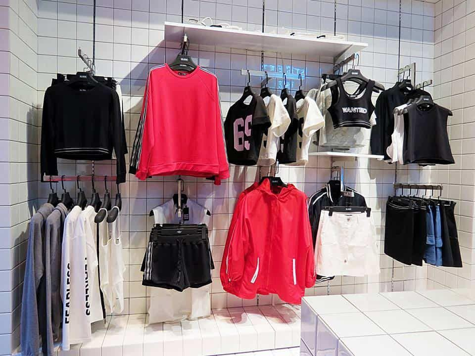 shop-thoi-trang-noi-tieng-tren-facebook-van-nguoi-like