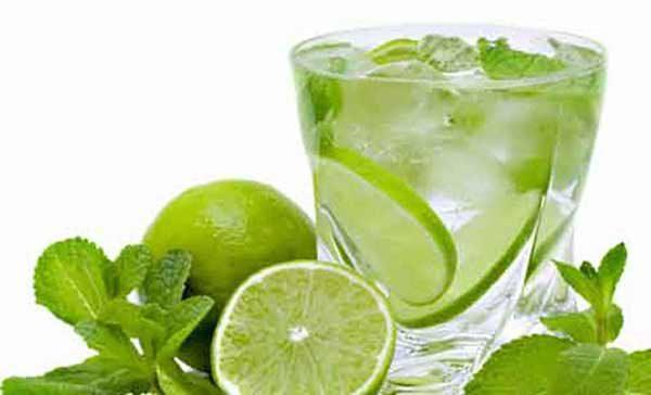 Uống nước chanh hàng ngày giúp bạn có làn da đẹp và giảm cân nhanh chóng đấy