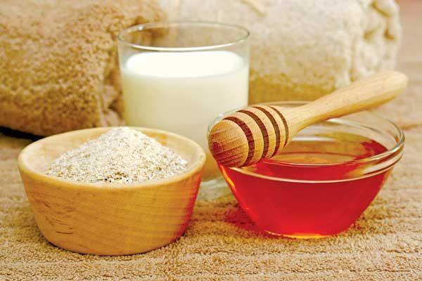 Cách nấu cháo bột yến mạch với sữa và mật ong