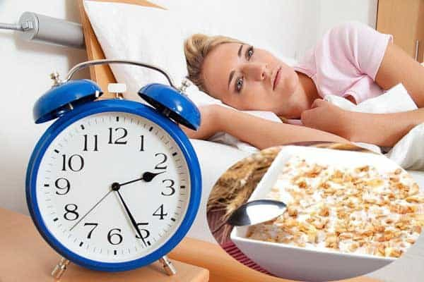 Điều trị mất ngủ bằng cháo bột yến mạch