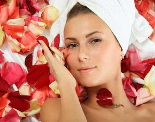Nước hoa hồng không làm kích ứng da