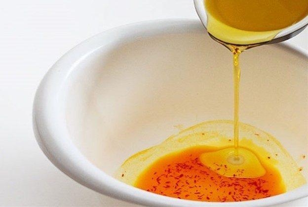 Mặt nạ Saffron dầu olive