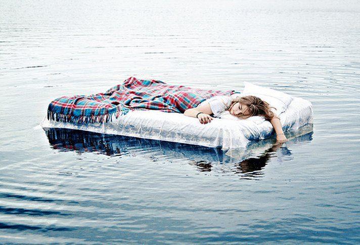 Mơ thấy nước gửi tới cho bạn nhiều thông điệp