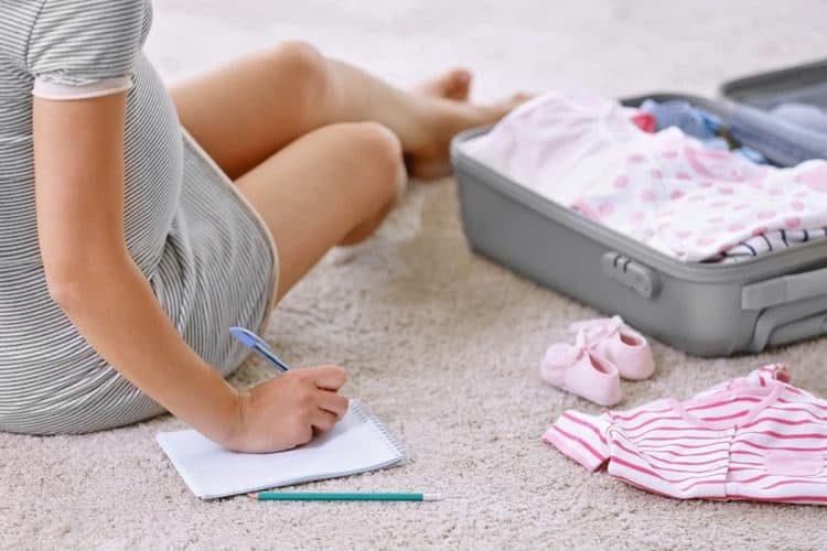 Cần chuẩn bị đồ đi sinh trước ngày dự sinh 4-5 tuần.