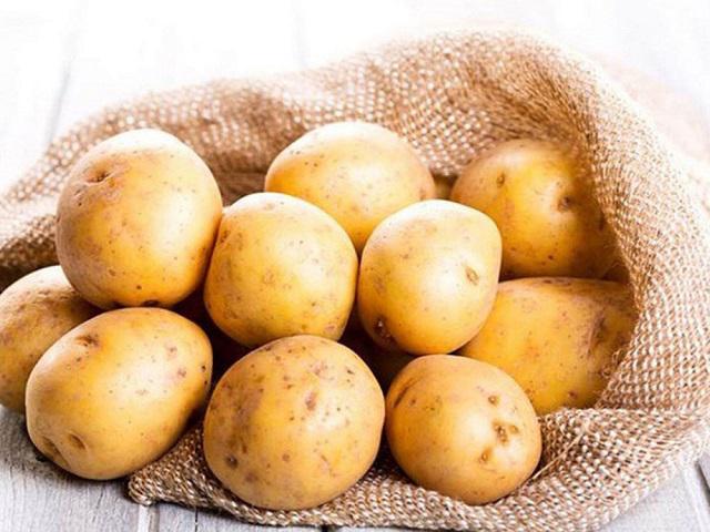 Làm hồng vùng kín bằng khoai tây