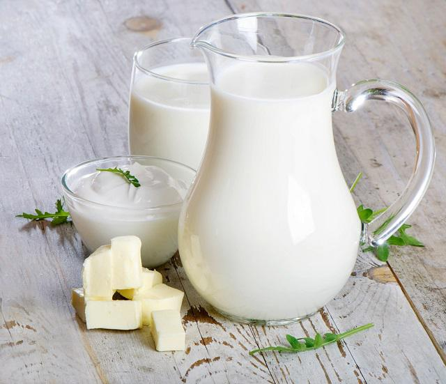 Sử dụng sữa tươi làm hồng vùng kín